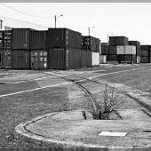 Rails sur le port